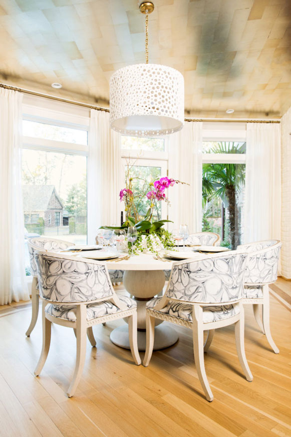 kitchen table with hanging lamp