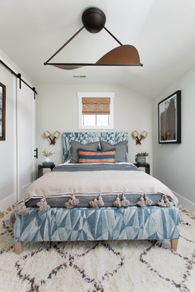 carolina-beach-nc-guest-bed-ceiling-fan