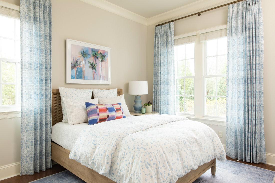 wilmington-nc-bedroom-white-linen-comforter
