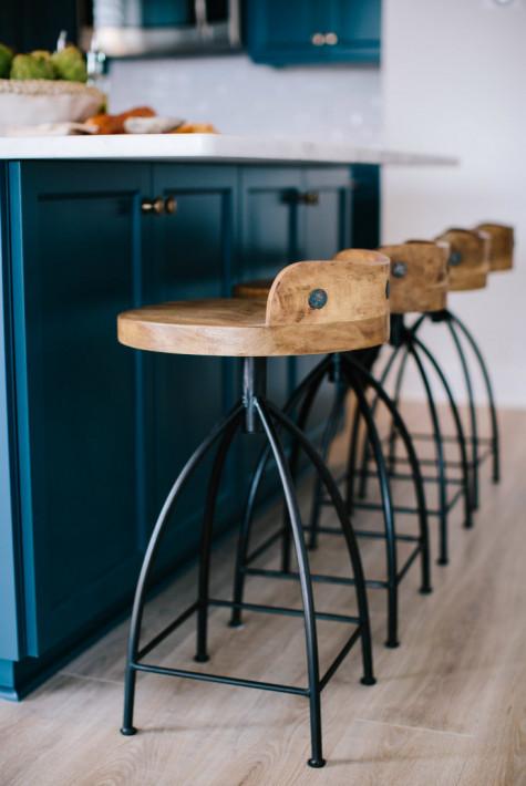 wrightsville-beach-nc-wooden-bar-stools