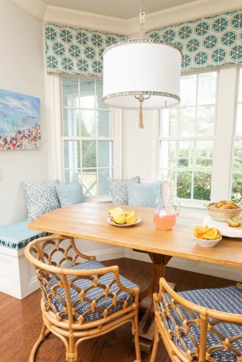 breakfast-table-window-bench-seating