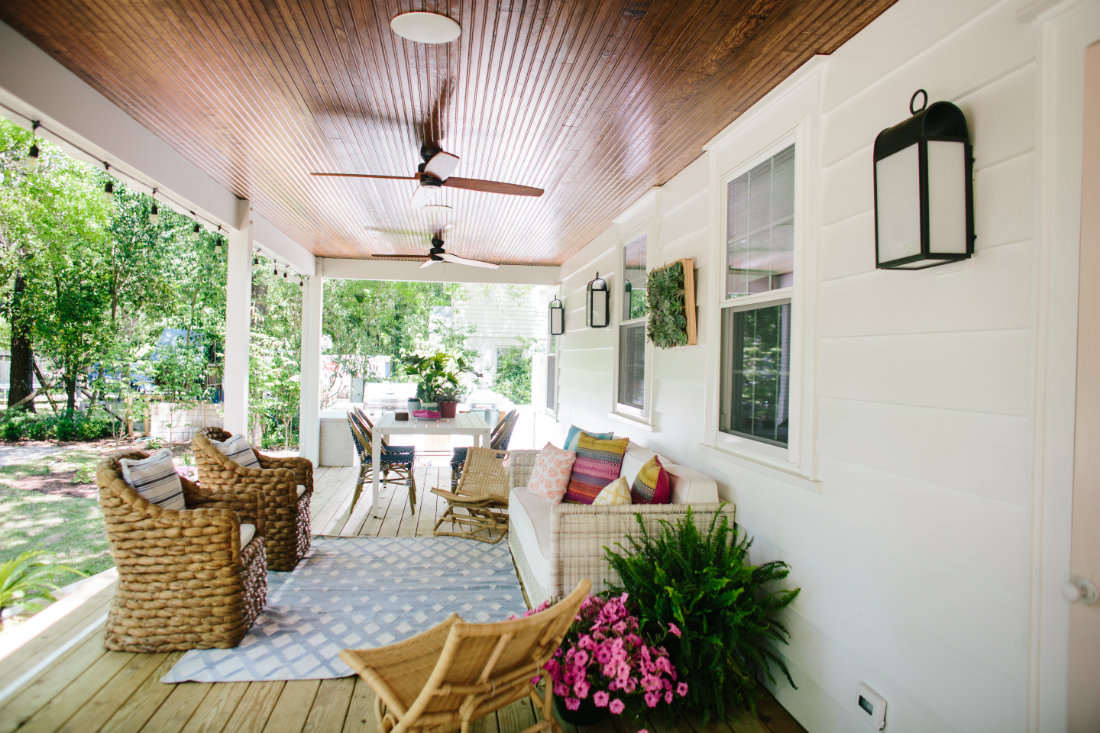 covered-porch-outdoor-furniture-nc-design