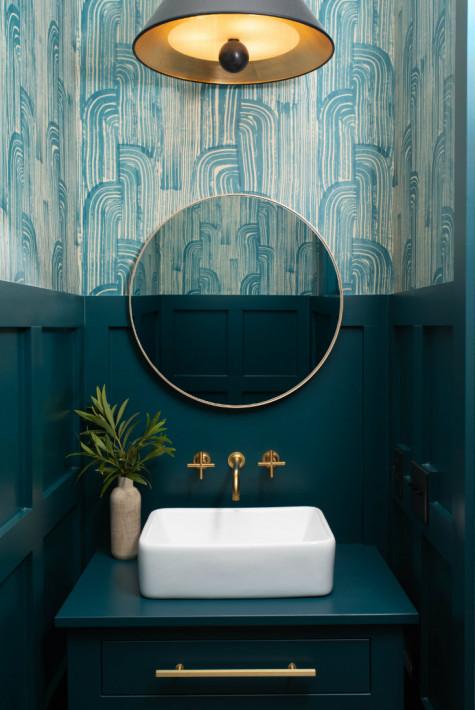 dark-blue-wood-bathroom-round-mirror-wallpaper-pattern
