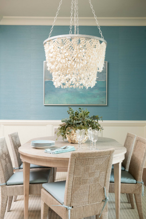 dining-table-large-chandelier-wilmington-nc