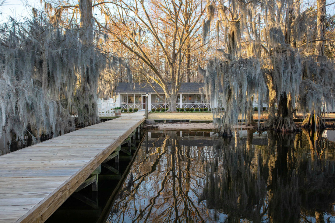 dock-lake-weeping-willows-lake-waccamaw-nc