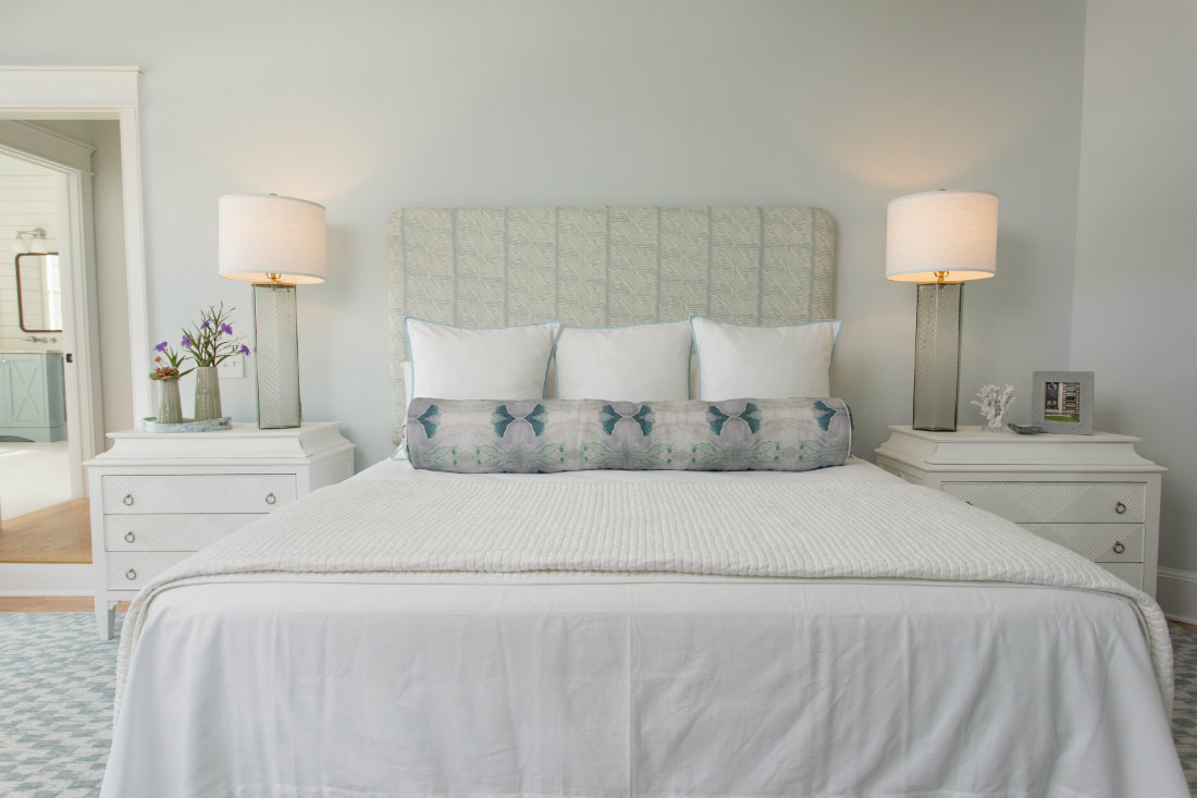 gathered-interior-design-white-bed-linen-pillows-two-nightstands