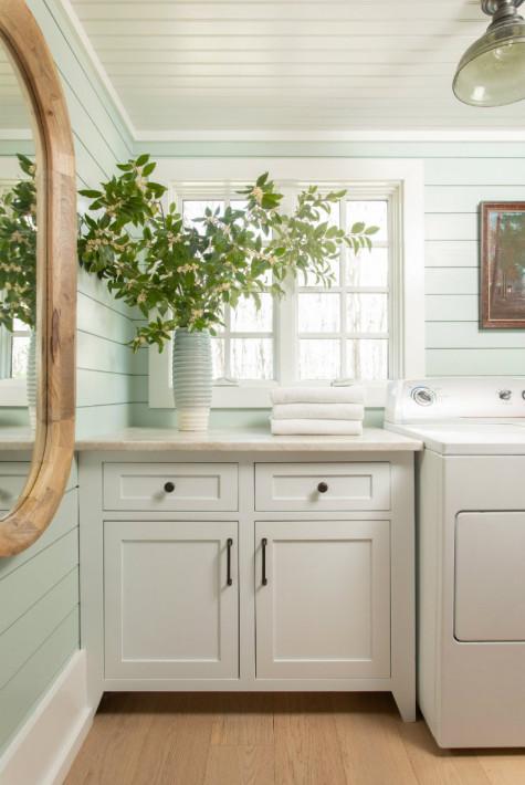 laundry-room-counter-space-lake-waccamaw-nc