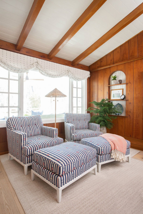 striped-chairs-and-ottomans-gathered-group