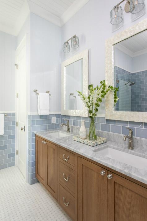 bathroom-design-dual-sinks-tile-backsplash-wrightsville-beach-nc