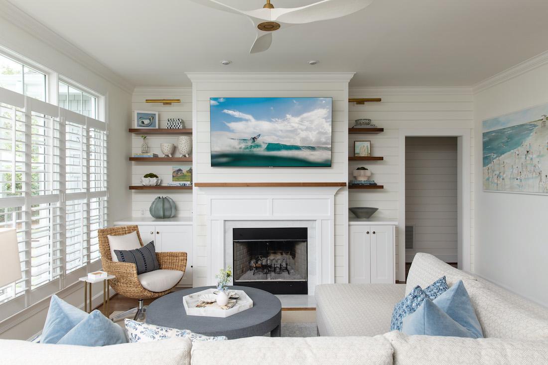 wilmington-nc-living-room-interior-design-fireplace-white-shiplap